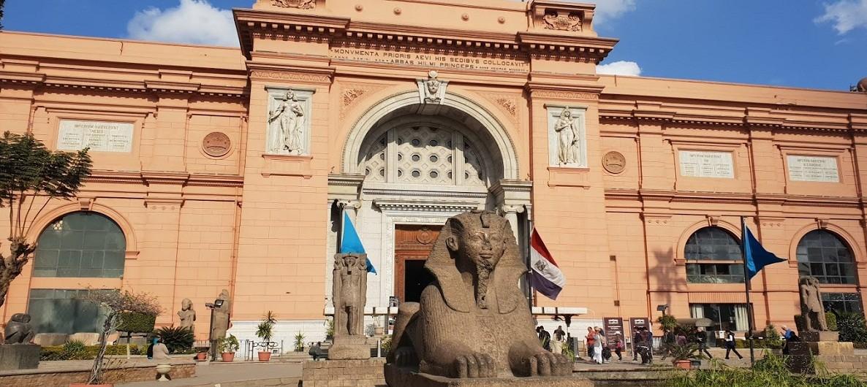das Aegyptische Museum in Kairo, tagestour nach kairo von Soma bay safaga ausflüge