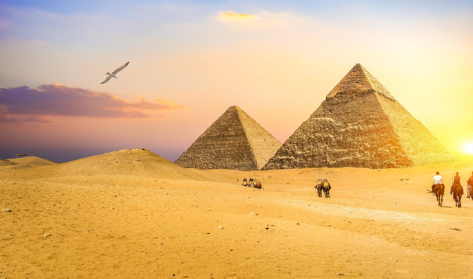die pyramiden von giyeh. privater ausflug von el quseir nach kairo