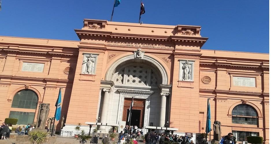 das Nationalmuseum in Kairo, ausflug nach kairo ab el gouna ausflüge