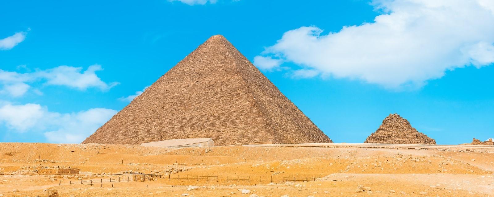 die pyramiden von gizeh, tagesausflug nach kairo ab marsa alam mit dem flugzeug