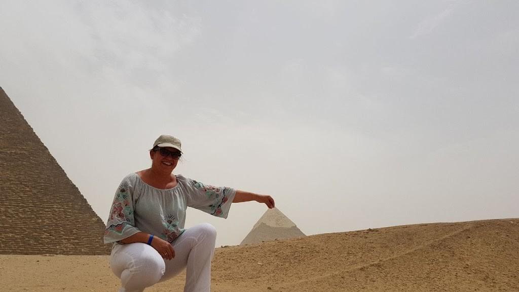 das plateau von gizeh, flug hurghada kairo ausflug