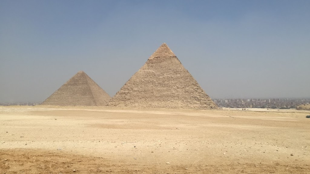die pyramiden von Cheops & Cherphren  auf dem Plateau von Gizeh