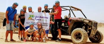 der sonnenuntergang auf dem Dune buggy safari tour ab Makadi bay und sahl hasheesh