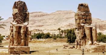 memnon Kolsse statuen in Theben west , 2 tages tour von el gouna nach Luxor