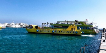 glasbodenboot safaga soma bay